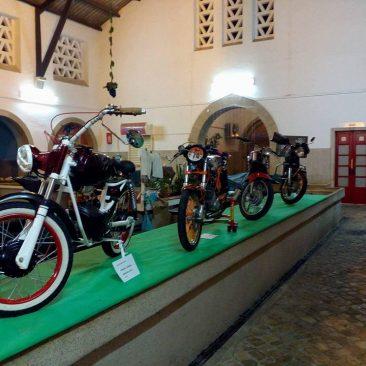 Exposição de Motorizadas Clássicas, no Mercado Municipal de Silves